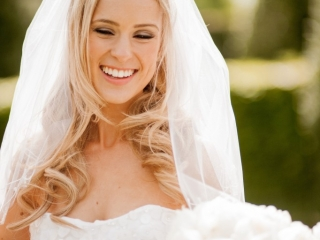 Loose bridal hair down