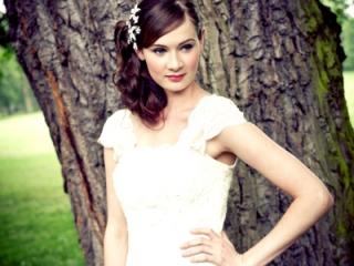 English rose bridal hair and makeup