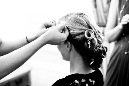 Set curl vintage wedding hairstyle