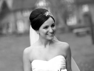 Classic bridal elegant beehive side headband hairstyle
