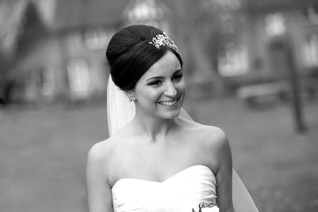 Classic bridal elegant beehive side headband hairstyle