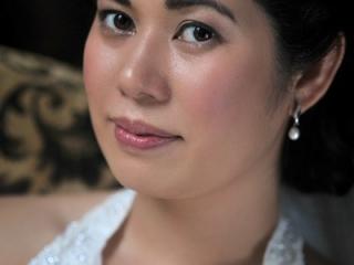 Dewy skin Thai bridal makeup