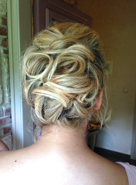 Messy bridesmaid hairstyles