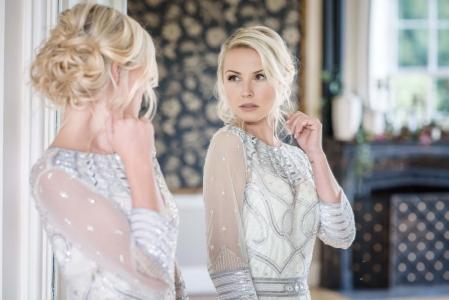 Sexy bridal hair and makeup